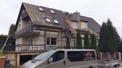 Wielki dom przy wykończeniu